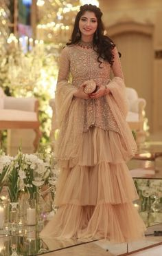 Pakistani Party Wear Dresses, Walima Dress, Shadi Dresses, Pakistani Dress Design, Pakistani Outfits, Indian Outfits, Indian Attire, Stylish Dresses, Nice Dresses
