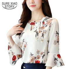 2017 New Summer Autumn Blouse Women Tops Floral Print Shirts Elegant Three Quarter Flare Sleeves Chiffon Blusas New flower printing Women Blouses shirt flare Sleeve Chiffon women's clothing casual V Collar bow women tops Blusas P Blouse Styles, Blouse Designs, Floral Tops, Floral Print Shirt, Bow Tops, Summer Blouses, Shirt Blouses, Blouses For Women, Fashion Outfits