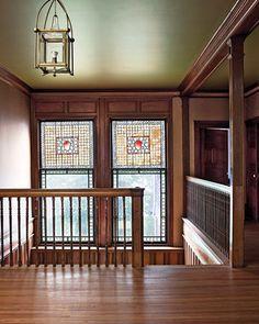 Interior Design: Isaac Bell House - American Arts and Crafts Chapter 18 American Craftsman, Craftsman Style, Craftsman Homes, Bungalow Homes, Arts And Crafts House, Craftsman Bungalows, Staircase Design, Interiores Design, Making Ideas