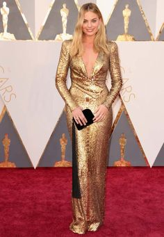 Margot Robbie no red carpet do Oscars 2016.