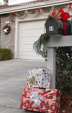 Exterior Christmas Decor Tour 2013! via www.TheKimSixFix.com