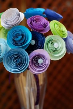 paper rose bouquet. I can keep these kind of flowers around!