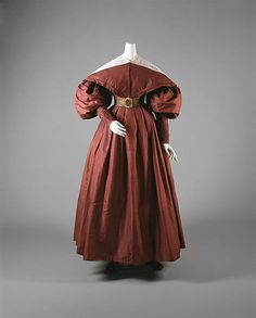 ca. 1835 walking dress, silk