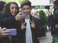 Teens are totally divided on this social media star who could be the next Justin Bieber