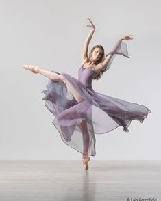 ☆(@loisgreenfield):「 Lois' Fall Dance Photography Workshop is just one month away! There is still time to join us for a… 」