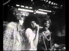 On this day in 1968: Hair: The American Tribal Love-Rock Musical premieres on Broadway | Heute vor 48 Jahren, am 29. April 1968: Urauffuehrung des Musicals 'Hair' am Broadyway https://en.wikipedia.org/wiki/Hair_(musical) #OnThisDay #Musical #music