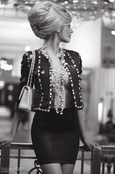 Zahia Dehar in Chanel - єtєгภαℓ ℓuχє ●  ♔ℓadyℓuχury ♔