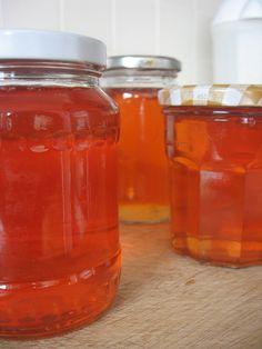 homemade apple jelly.....