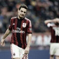 Milan-Juve: meglio perdere con una goleada o in questo modo? Analizziamo la gara dei nostri ragazzi mai come stavolta degni di ricevere i nostri applausi. Dopo una stagione deludente fa ancora più male perdere così. #SerieA