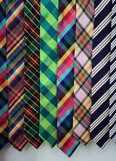 Färgglada Slipsar, en given accessoar i höst- och vintermörkret! #Obsid #mode #herrmode #accessoarer #slips #slipsar http://www.obsid.se/mode-och-grooming/fargglada-slipsar-dagens-inspiration/