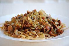 Kuchnia wegAnki: Makaron pełnoziarnisty z kurkami
