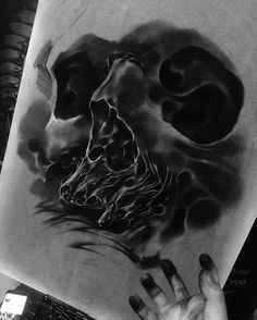 WEBSTA @ geunikingtattoos - in progress ⌛️ 씨발!!!#geuniking #geunitattoos #tattoo #tattoodesign #tattooartist #ink #sketch #skull #bnginksociety #darkimage #skulltattoo #drawing #silverbackink #blackgraytattoo #design #art #artwork #dark #black #sullen #creature #cdw #biomech #darkcreature #freehand #mechanical #biomechcollective #charcoal