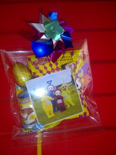 A cute, affordable Teletubbie themed party pack for my son's 2nd birthday. I found the windmills at a party shop and thought it perfect for the theme. (and a perfect novelty for small children)