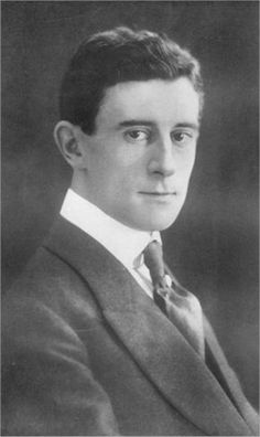 Maurice Ravel. Wow. All those songs of his I've sung, and I never realized how cute he was.  Just another reason I'm proud to be French...