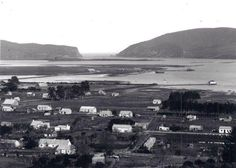 Early picture of Knysna town as well as Thesen Island - Garden Route - South Africa. Knysna, Historical Pictures, African History, Afrikaans, Historical Society, Cape Town, Old Photos, South Africa, Paris Skyline