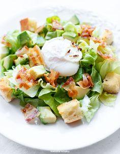 Avokadna salata, hrskav slanina i pržena jaja Breakfast Salad, Breakfast Time, Clean Eating, Healthy Eating, Healthy Food, Salad Recipes, Healthy Recipes, Good Food, Yummy Food