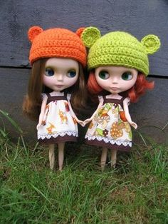 what can i say? more blythes with bear ears...super cute!