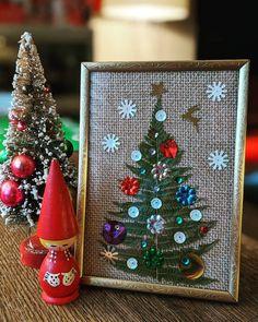 Eatons Retro Santa Reindeer Trim A Home Christmas Decor Circular Table Decor Made In Japan
