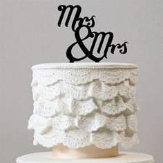 Mrs & Mrs Cake Topper (Lesbian /Homosexual Love /Same-Sex Marriage) – CHARMERRY