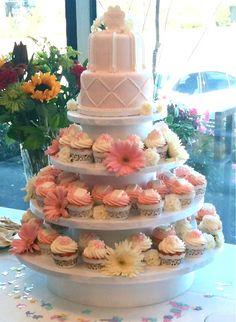 Baby shower cake/ cupcake display (Jessica's Baby Shower display idea)