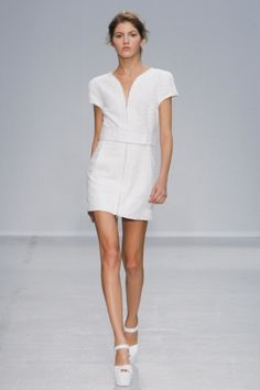 http://www.ingridshop.com/en/item/veronique-leroy-white-tweed-dress/640