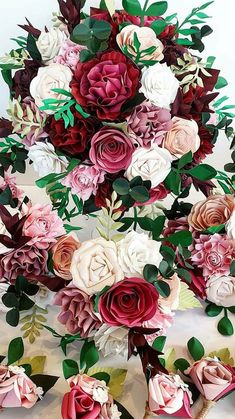 Paper Flowers Wedding, Wedding Bouquets, Red And Pink, Pink Purple, Winter Princess, Paper Bouquet, Cascade Bouquet, Paper Design, Red Roses