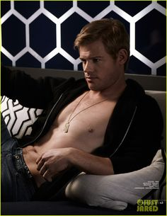 Exclusive Interview With Trevor Donovan. Actor Trevor Donovan opens up to Glamoholic magazine about roles he would like to play next and his guilty pleasures! Trevor Donovan, Sexy Home, Le Male, Steve Mcqueen, Man Photo, Dream Guy, Best Actor, Gorgeous Men, Hello Gorgeous