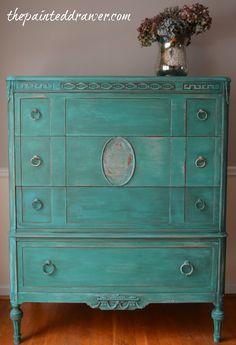 Vintage Florence Dresser www.thepainteddrawer.com