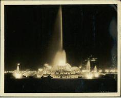 buckingham fountain Buckingham Fountain, Rocks, Chicago, Concert, Vintage, Recital, Concerts, Stone, Festivals