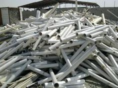 -- Has a link to an explanation on how to get free PVC (left overs) Pvc Pipe Crafts, Pvc Pipe Projects, Outdoor Projects, Diy Projects To Try, Wood Projects, Diy And Crafts, Lathe Projects, Outdoor Ideas, Garden Projects