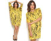 80s Batwing Dress Black Yellow Bold Animal Leopard Print Strong Shoulders Mini Drape Party Dress / Hipster Glam Avant Garde / Size M Medium