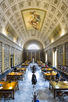 Biblioteca Palatina, Parma. Ph. Lucio Rossi #parmanelcuoredelgusto