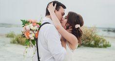 ¿En qué se fijan los invitados a una boda? En este post reflexionamos sobre los aspectos que más comentarios suscitan en las bodas y eventos de etiqueta. Así podrás tenerlo todo bien controlado para que la tuya, sea la boda más recordada por todos y de la que nadie tenga nada que criticar