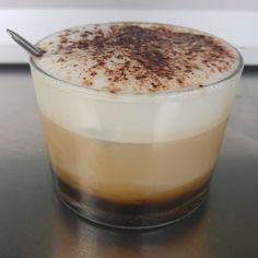 Un café con arte!  Cosas de @coffee_and_food y @pablitosonrisas!