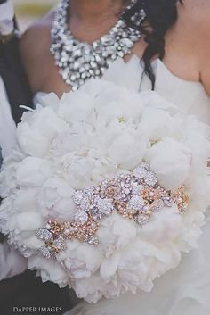 24 Chic Brooch Wedding Bouquets With Bling ❤ See more: http://www.weddingforward.com/brooch-wedding-bouquets/ #weddings #bouquets