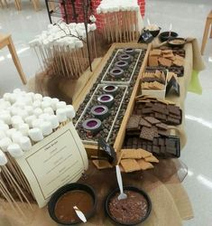 Smores bar, what better treat can you have for a summer wedding? I like how they have the marshmallows! this would be fun at after party fire pit and smores! Hot Chocolate Bars, Hot Chocolate Bar Wedding, Chocolate Food, Chocolate Chips, S'mores Bar, Bar Set, Wedding Catering, Wedding Reception, Buffet Wedding