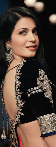 Ankita Shorey #IIJW (Indian Jewelry Week 2012)