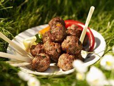 Scharfe Hackbällchen ist ein Rezept mit frischen Zutaten aus der Kategorie Fleisch. Probieren Sie dieses und weitere Rezepte von EAT SMARTER!