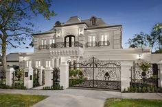 Mansion Interior, Dream House Interior, Luxury Homes Dream Houses, Dream Home Design, Modern House Design, Villa Design, Luxury Interior, Dream Homes, Style At Home