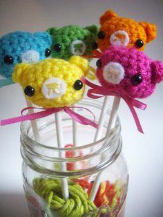 Crochet bear lollipops