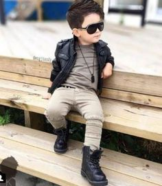38 Best Little Boy Outfits Ideas to Wear Winter Baby Outfits, Outfits Niños, Little Boy Outfits, Toddler Boy Outfits, Boys Dress Outfits, Little Boy Swag, Baby Boy Swag, Cute Little Boys, Cute Baby Boy