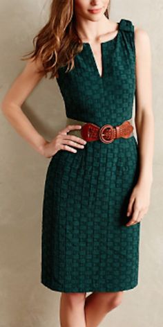 love this quilted forest green dress #anthrofave http://rstyle.me/n/qu2nhr9te