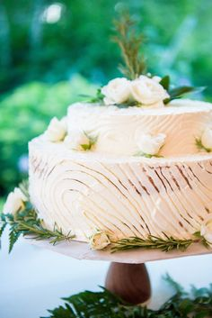 Whimsical wedding cake by Blue Plate: http://www.stylemepretty.com/little-black-book-blog/2016/08/15/whimsical-summer-wedding-with-several-cute-cakes/ Photography: Averyhouse - http://galleries.averyhouse.net/