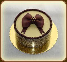 Elegant Birthday Cakes for Women   Photoset 28,731 of 235,206