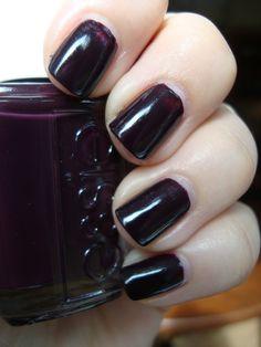 Essie Velvet Voyuer - vampy dark chocolate purple