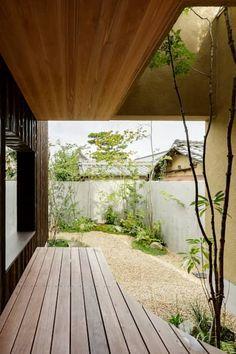 松栄の家: HEARTH ARCHITECTS/ハース建築設計事務所が手掛けた庭です。