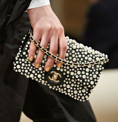 Chanel-Pearl-Flap-Bag-3