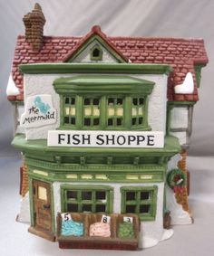 DEPT 56 THE MERMAID FISH SHOPPE SHOP CHRISTMAS HOLIDAY HERITAGE DICKENS VILLAGE