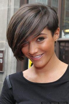 Frankie Sandford Side Swept Bangs Smile Fringe Hair Wayne Bridge Saturdays Singer Style On The Street