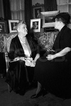 ca. 1940, New York, New York, USA --- Mrs. Sara Delano Roosevelt, mother of Franklin D. Roosevelt, talks with a woman while knitting at her New York City town house. --- Image by ? Lucien Aigner/CORBIS